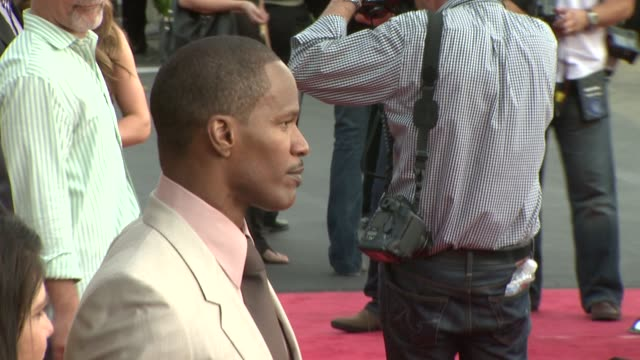 jamie foxx at the 'the soloist' premiere at los angeles ca. - soloist stock videos & royalty-free footage