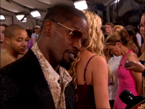 jamie foxx during the 2005 mtv video music awards pre-show. no audio. - b roll stock videos & royalty-free footage