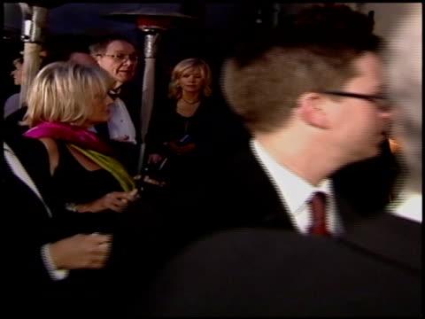 vídeos de stock e filmes b-roll de jamie lee curtis at the 2004 academy awards ballroom at the kodak theatre in hollywood california on february 29 2004 - 76.ª edição da cerimónia dos óscares