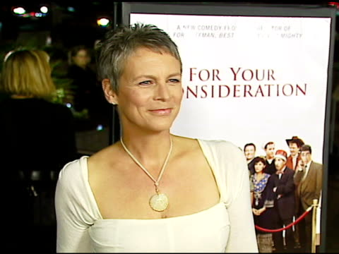 stockvideo's en b-roll-footage met jamie lee curtis at the 'for your consideration' los angeles premiere at director's guild of america in los angeles california on november 13 2006 - director's guild of america