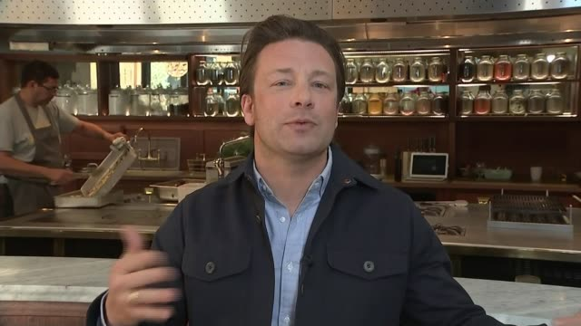 Jamie Oliver and Hugh FearnleyWhittingstall give evidence to MPs on childhood obesity ENGLAND London INT Jamie Oliver 2WAY interview SOT
