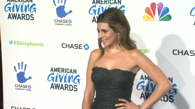 jamielynn sigler at the 2nd annual american giving awards presented by chase on in pasadena ca - hinterher bewegen stock-videos und b-roll-filmmaterial