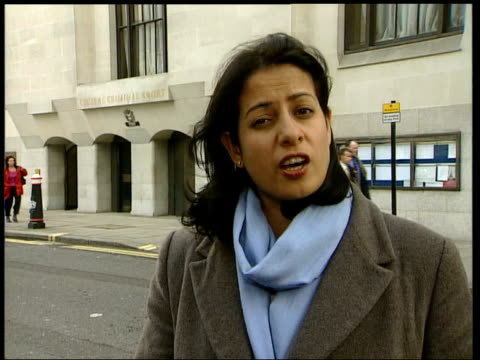 stockvideo's en b-roll-footage met england london ext reporter to camera sot - crime and murder