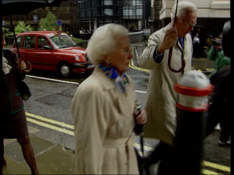 day 2 england london old bailey barbara cressman towards and past to bv - murder stock videos & royalty-free footage