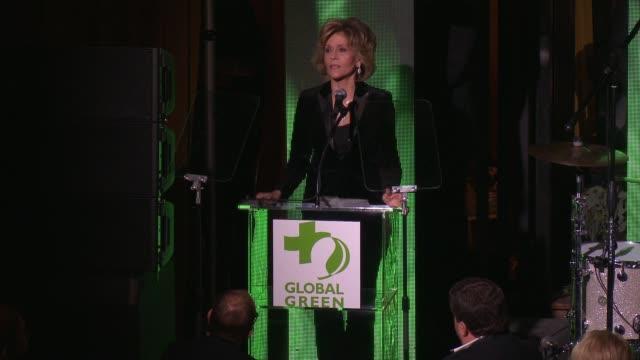 jane fonda at 14th annual global green pre-oscar® party in los angeles, ca 2/22/17 - ジェーン・フォンダ点の映像素材/bロール
