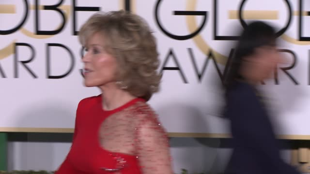 jane fonda at the 72nd annual golden globe awards - arrivals at the beverly hilton hotel on january 11, 2015 in beverly hills, california. - the beverly hilton hotel stock-videos und b-roll-filmmaterial