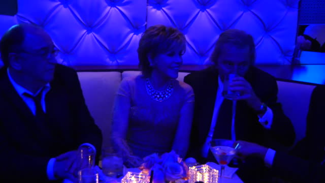 vídeos de stock, filmes e b-roll de jane fonda michael douglas at the 2012 vanity fair oscar party hosted by graydon carter inside party at west hollywood ca - vanity fair oscar party