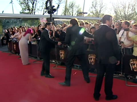 jane goldman & jonathan ross at the tv bafta awards at london . - イギリスのブロードキャスター ジョナサン・ロス点の映像素材/bロール