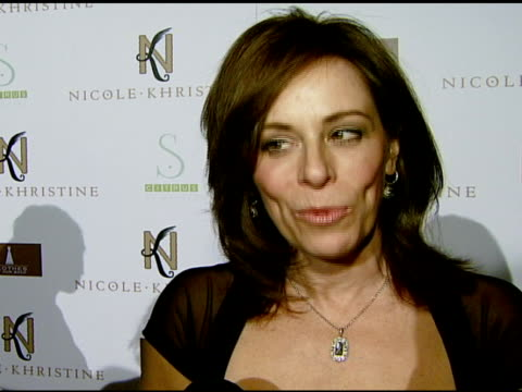 jane kaczmarek on the event, how it helps her charity, 'clothes off our back,' and the guests in attendance at the nicole khristine jewelry launch... - メイシー グレイ点の映像素材/bロール