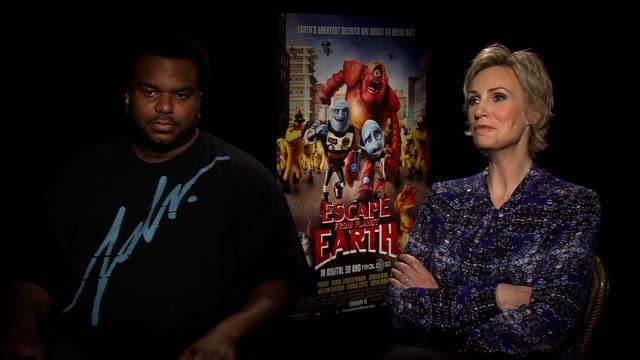 interview jane lynch and craig robinson discuss if aliens exist at escape from planet earth new york press junket on february 11 2013 in new york new... - jane lynch stock videos and b-roll footage