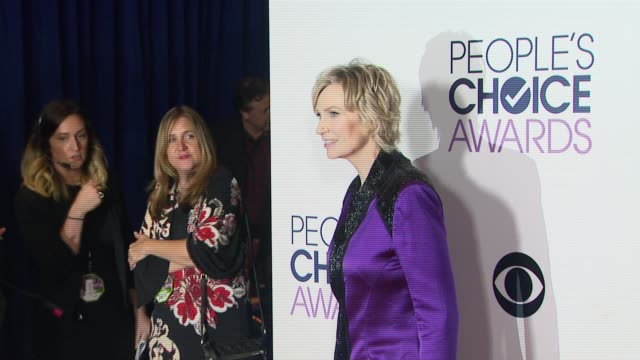 jane lynch at people's choice awards 2016 at nokia plaza la live on january 06 2016 in los angeles california - jane lynch stock videos and b-roll footage