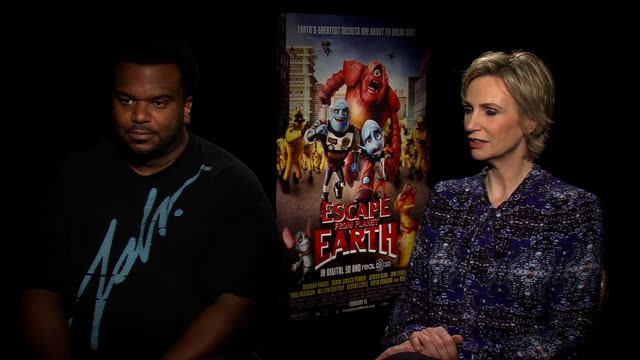 interview jane lynch discusses how she shares her character's qualities at escape from planet earth new york press junket on february 11 2013 in new... - jane lynch stock videos and b-roll footage