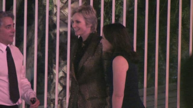 vídeos de stock, filmes e b-roll de jane lynch lara embry at the 2011 vanity fair oscar party at sunset tower in west hollywood at the celebrity sightings in los angeles at los angeles... - festa do oscar