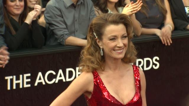 vídeos de stock, filmes e b-roll de jane seymour at 84th annual academy awards arrivals on 2/26/12 in hollywood ca - cerimônia de entrega do óscar