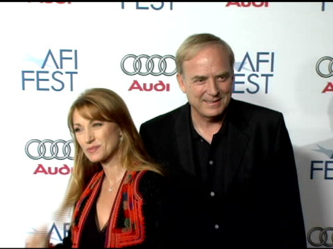 vídeos y material grabado en eventos de stock de jane seymour at the 20th century fox's 'walk the line' premiere at the opening night gala of the 2005 afi fest at the cinerama dome at arclight... - arclight cinemas hollywood