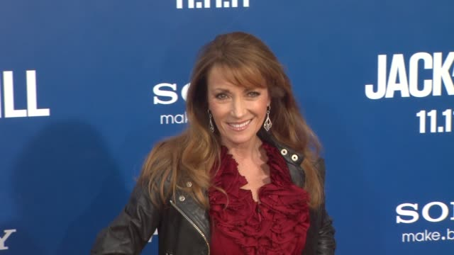 jane seymour at the 'jack and jill' world premiere at westwood ca - ウェストウッド地区点の映像素材/bロール