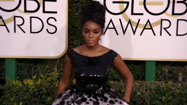 janelle monae at the 74th annual golden globe awards - arrivals at the beverly hilton hotel on january 08, 2017 in beverly hills, california. 4k... - the beverly hilton hotel stock videos & royalty-free footage