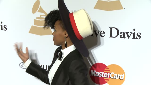 vídeos de stock e filmes b-roll de janelle monae at the pregrammy gala and salute to industry icons honoring martin bandier at the beverly hilton hotel on february 07 2015 in beverly... - the beverly hilton hotel