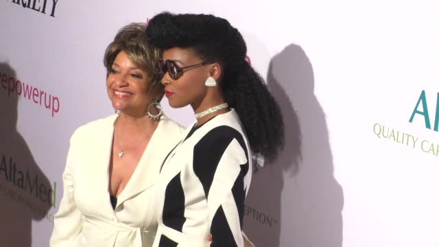 vídeos de stock, filmes e b-roll de janelle monae debbie allen at the altamed health services' power up we are the future gala at the beverly wilshire four seasons hotel in beverly... - four seasons hotel