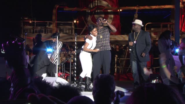 """janelle monae, p. diddy, and big boi at janelle monae and target celebrate release of """"the electric lady"""" at pier 84 on september 09, 2013 in new... - big boi stock videos & royalty-free footage"""