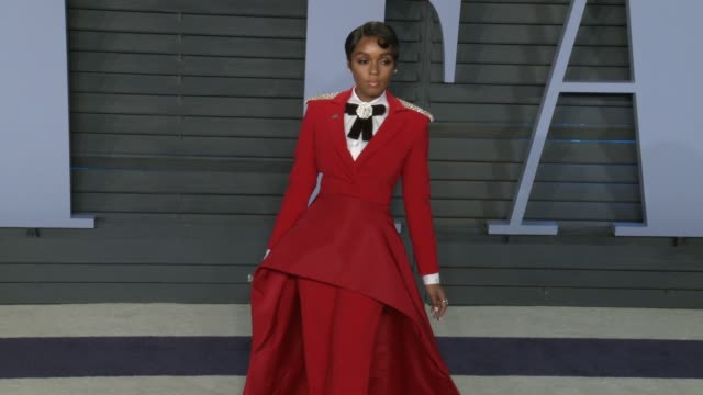 vídeos de stock, filmes e b-roll de janelle monáe at 2018 vanity fair oscar party in los angeles, ca 3/4/18 - 2018