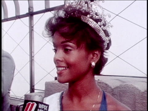 stockvideo's en b-roll-footage met janelle penny commissiong is the first black woman to receive the miss universe title interview with miss universe janelle commissiong on july 17... - spelkandidaat