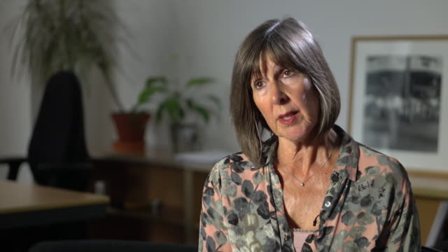 janet beer president of universities uk says that maintenance grants for students should be reviewed because students struggle not with tuition fees... - nur erwachsene stock-videos und b-roll-filmmaterial