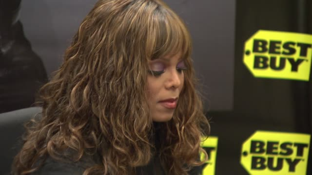 janet jackson at the signing of the new janet jackson cd 'discipline' at the midtown best buy in new york new york on february 26 2008 - janet jackson stock videos & royalty-free footage