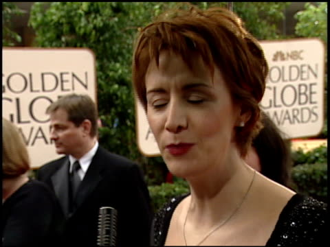 vídeos de stock, filmes e b-roll de janet mcteer at the 2000 golden globe awards at the beverly hilton in beverly hills california on january 23 2000 - janet mcteer