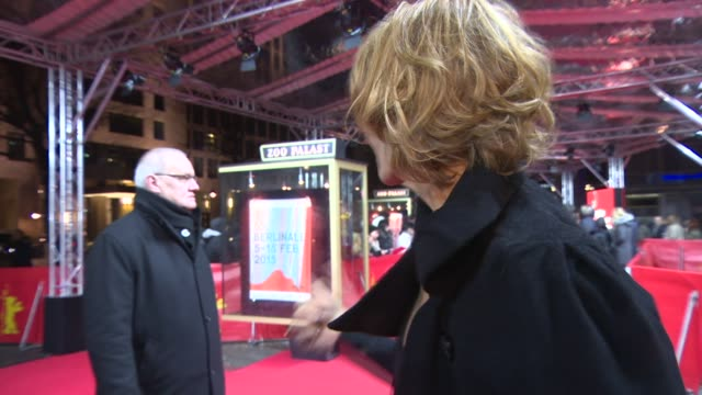 vídeos de stock, filmes e b-roll de interview janet mcteer on being in berlin have the premiere in the cold at 'angelica' red carpet 65th berlin film festival at zoo palast on february... - janet mcteer