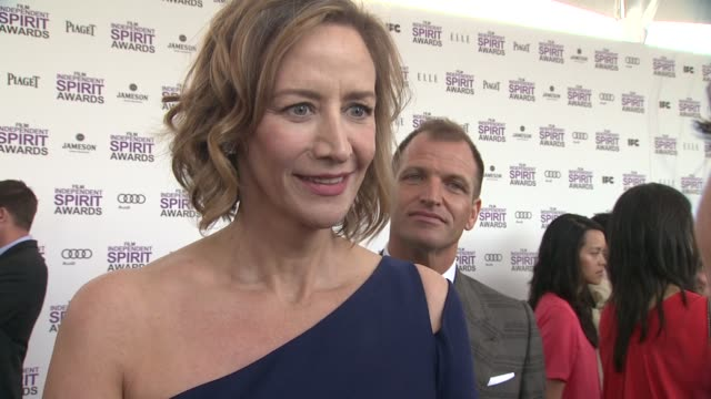 vídeos de stock, filmes e b-roll de janet mcteer on the event at piaget at the 2012 film independent spirit awards on 2/25/12 in los angeles ca - janet mcteer