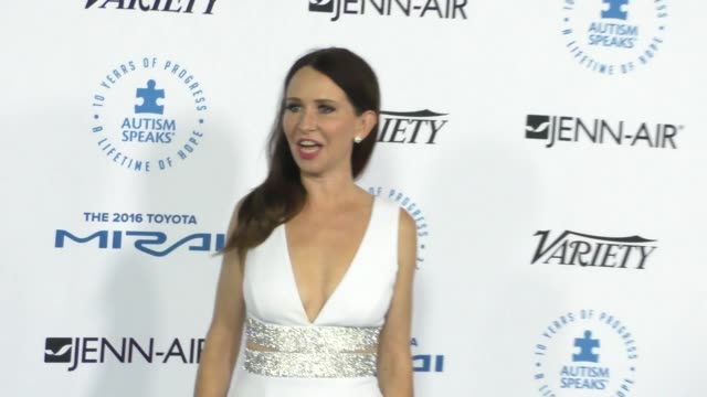 janie bryant at the autism speaks to los angeles celebrity chef gala at barker hangar on october 08, 2015 in los angeles, california. - barker hangar stock videos & royalty-free footage