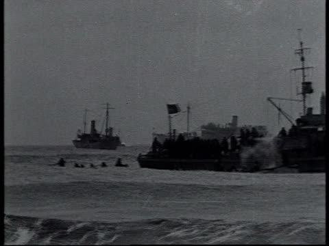 vidéos et rushes de january 1 1919 ws us navy and us coast guard refloating uss northern pacific run aground off fire island / new york united states - 1910 1919
