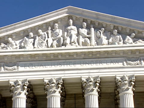 vidéos et rushes de january 16 2009 zo west facade of the us supreme court building / washington dc united states - style néoclassique