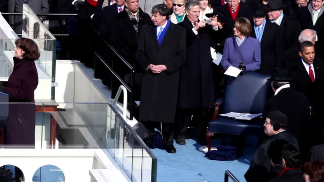 january 20 2009 ha ws dianne feinstein introducing president barack obama as he gives his inaugural address/ washington dc/ audio - 2009 video stock e b–roll