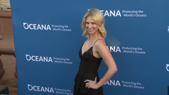 january jones at the a concert for our oceans hosted by seth macfarlane at the wallis annenberg center for the performing arts on september 28 2015... - january jones stock videos & royalty-free footage