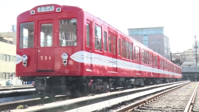 tokyo metro co officials show the press old subway train cars during a ceremony in tokyo on nov 27 2017 the operator of the marunouchi line sold off... - アルゼンチン点の映像素材/bロール