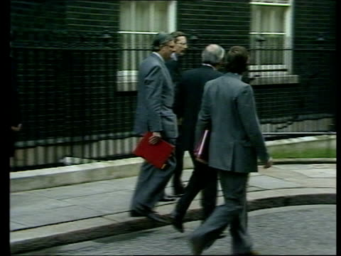 ; b) england: london: downing st: no 10: ext kenneth clarke, kenneth baker & norman fowler out no 10 douglas hurd into car l-r paul channon out no 10... - orthographic symbol stock videos & royalty-free footage