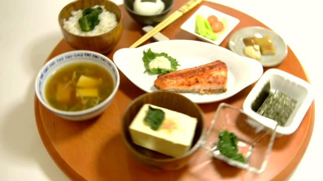 vídeos de stock e filmes b-roll de japonês pequeno-almoço - agrafo