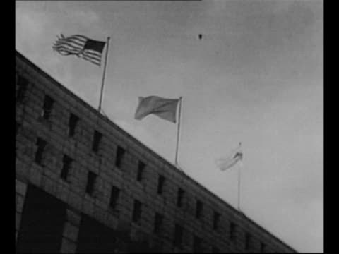 stockvideo's en b-roll-footage met japanese emperor hirohito and empress nagako at bank of microphones at outdoor ceremony marking japanese independence in 1952 / us soldier raises... - voorzitter