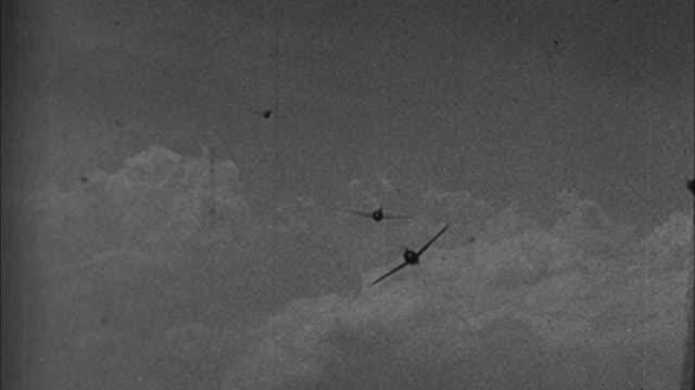 vídeos y material grabado en eventos de stock de japanese planes attacking pearl harbor / hawaii, usa - 1941