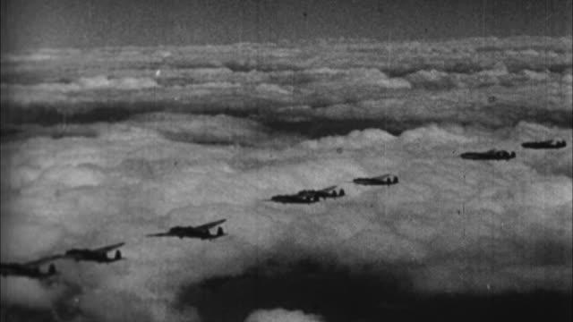 vídeos y material grabado en eventos de stock de japanese planes en route to bomb pearl harbor / hawaii, usa - 1941