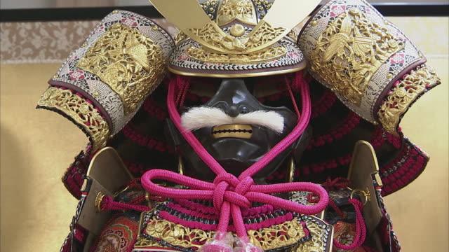 cu japanese traditional doll, kyoto, japan - kindertag stock-videos und b-roll-filmmaterial