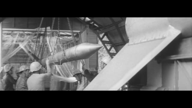 japan's cape canaveral/kappa 8 launch preparation, people keeping watch on the launch, using model planes in local elementary science classes,... - lingua giapponese video stock e b–roll