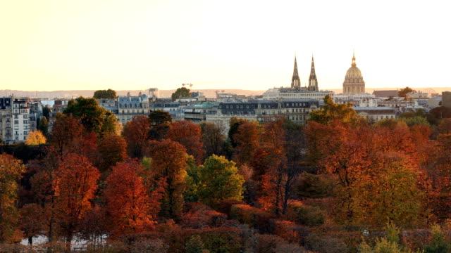 jardin des tuileries herbst - île de france stock-videos und b-roll-filmmaterial