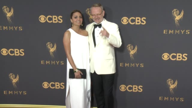 jared harris at the 69th annual primetime emmy awards at microsoft theater on september 17, 2017 in los angeles, california. - annual primetime emmy awards stock-videos und b-roll-filmmaterial