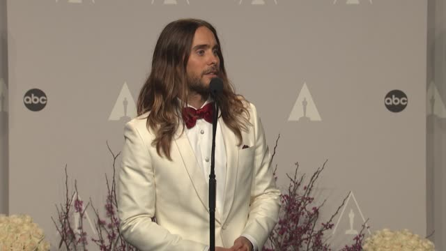 speech jared leto 86th annual academy awards press room at hollywood highland center on march 02 2014 in hollywood california - best supporting actor stock videos & royalty-free footage