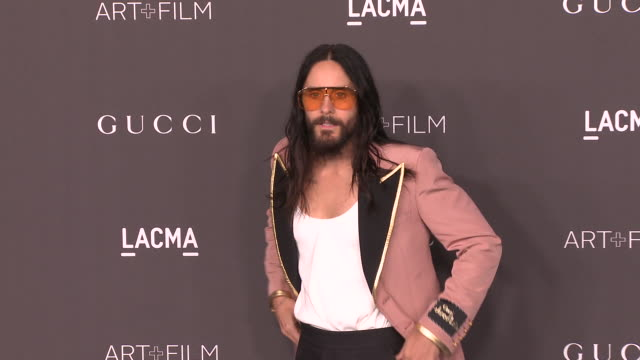 jared leto at the 2019 lacma artfilm gala honoring betye saar and alfonso cuaron and presented by gucci at lacma on november 02 2019 in los angeles... - alfonso cuaron stock videos & royalty-free footage