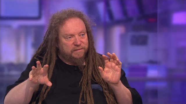 Jaron Lanier the father of Virtual Reality talks of why he is abandoning social media ENGLAND London GIR INT Jaron Lanier interview SOT Reporter and...