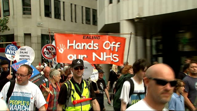 jarrow protesters arrive in london england london ext various shots of group of protesters from darlington who are against government assault on nhs... - darlington north east england stock videos & royalty-free footage